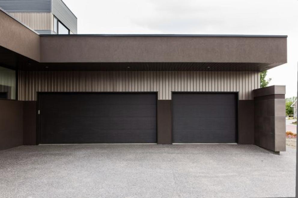 Conseils travaux : Bien choisir une porte de garage